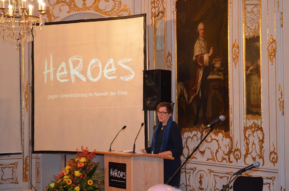 Frau Dr. Nischler-Leibl vom Bayerischen Sozialministerium